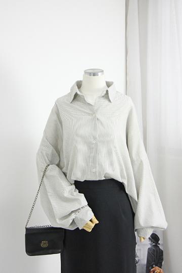 루즈핏 스트라이프 셔츠 BM25