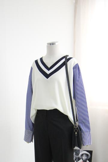 스트라이프 배색 브이넥 셔츠 BSI531
