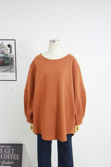 소매주름 라운드넥 티셔츠 DD1373