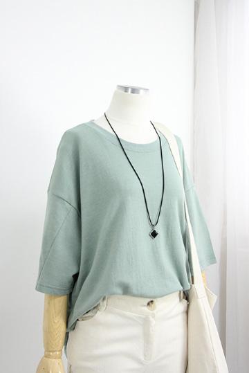 심플 쭈리 라운드넥 티셔츠 STM1484